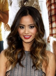 file_59731_jamie-chung-curly-highlights-brunette-275