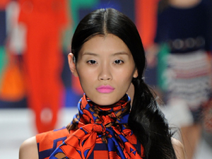 fashion week 2011 pink lips