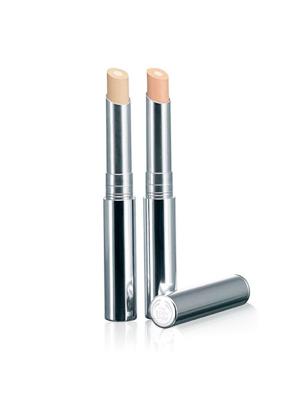makeup tips concealer brush