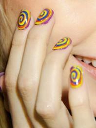file_2_10191_fashion-week-nail-art-01