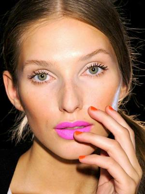 neon pink lipstick