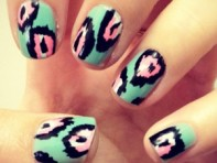 file_32_11111_Nail-Art-Feb-2012-09_01
