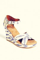 file_44_12151_wedges-06-ikat-toms_01