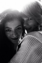 file_103_14081_behind-the-scenes-grammys-taylor-swift-lorde