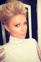 file_75_14081_behind-the-scenes-grammys-paris-hilton