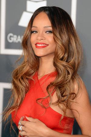 Hairstyle Stalker: Rihanna