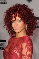 file_153_14341_rihanna-hairstyles-red-ringlets