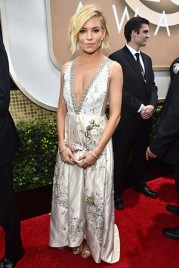 file_17_14421_best-dressed-golden-globes-sienna-miller