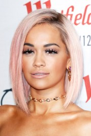 file_12_14461_beauty-riot-rainbow-hair-rita-ora