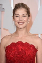 file_3_14561_br-academy-awards-best-beauty-rosmund-pike