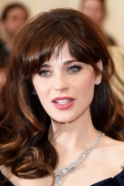 06-totalbeauty-logo-celebs-with-bangs