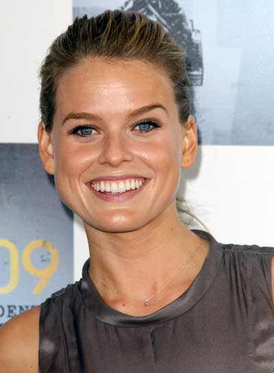 Alice Eve Straight, Chic, Blonde Updo