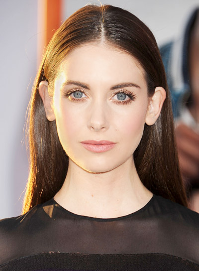 Alison Brie with a Long, Straight, Brunette, Chic Hairstyle Pictures