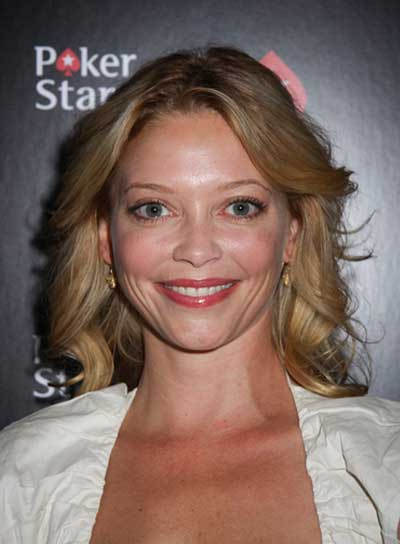 Amanda Detmer Medium, Curly, Blonde Hairstyle