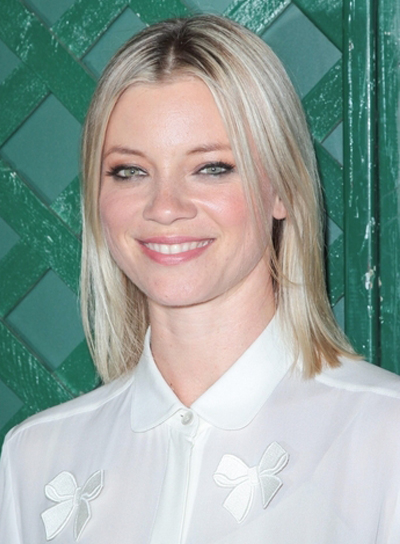 Amy Smart's Medium, Straight, Fine, Blonde Hairstyle