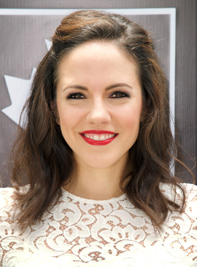 Anna Silk's Medium, Wavy, Brunette, Party Hairstyle Pictures