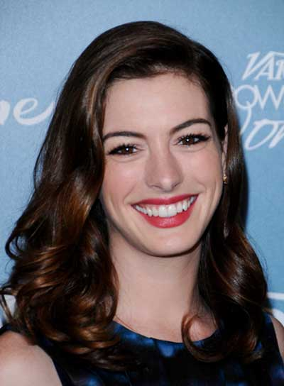 Anne Hathaway Curly, Sophisticated, Brunette Hairstyle