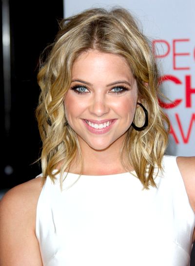 Ashley Benson's Medium, Curly, Romantic, Blonde Hairstyle
