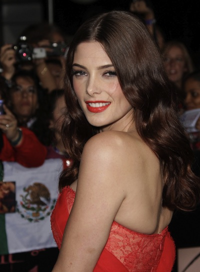 Ashley Greene Long, Wavy, Romantic, Brunette Hairstyle