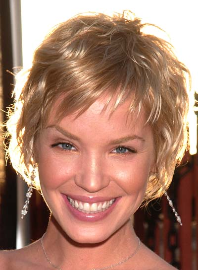 Ashley Scott Short, Sexy, Blonde Hairstyle