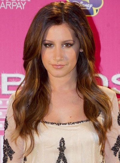 Ashley Tisdale Long, Wavy Hairstyle