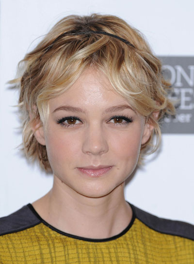 Carey Mulligan Wavy, Tousled, Blonde Hairstyle