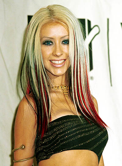Christina Aguilera Straight, Edgy Hairstyle with Highlights