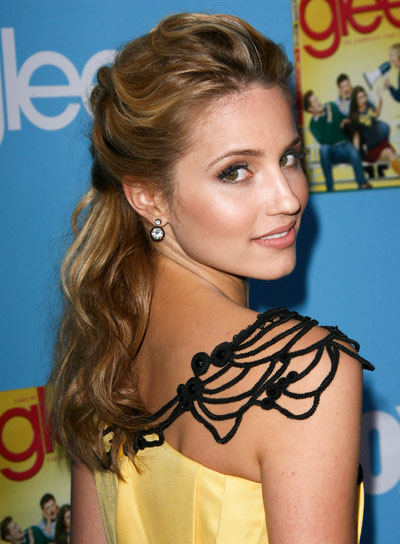Dianna Agron Medium, Wavy, Romantic Half Updo