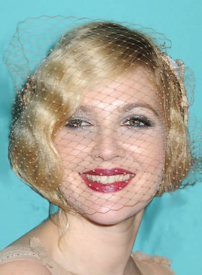 Drew Barrymore Short, Wavy, Romantic Bob