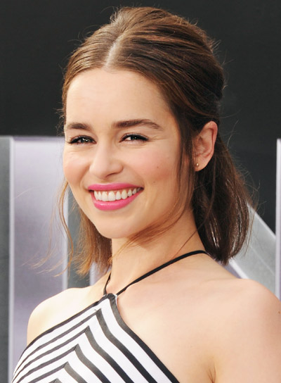 Emilia Clarke's Short, Tousled, Brunette, Party, Half Updo Hairstyle