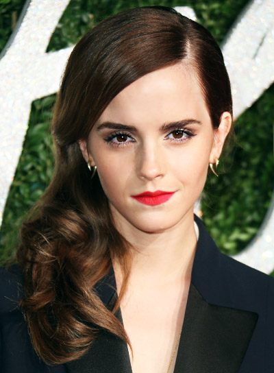 Emma Watson Medium, Straight, Brunette, Chic Hairstyle