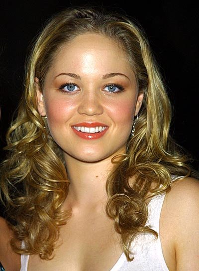 Erika Christensen Curly, Blonde Hairstyle