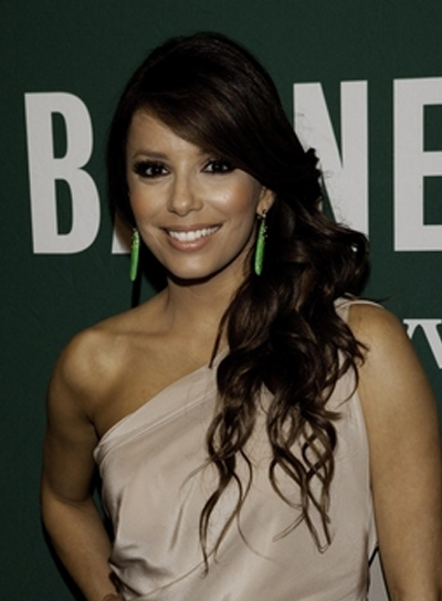 Eva Longoria Long, Wavy, Chic Hairstyle