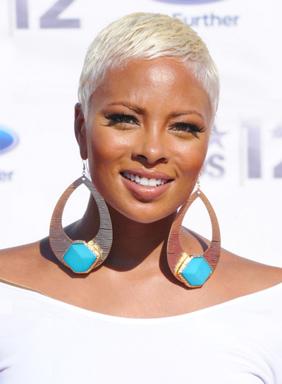 Eva Pigford's Short, Edgy, Blonde, Chic Hairstyle