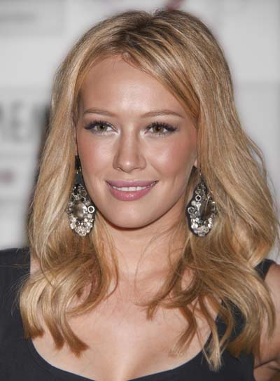 Hilary Duff Long, Blonde, Wavy Hairstyle