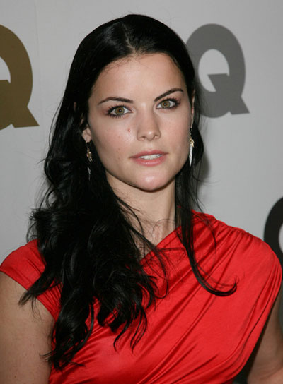 Jaimie Alexander Long, Black, Tousled Hairstyle