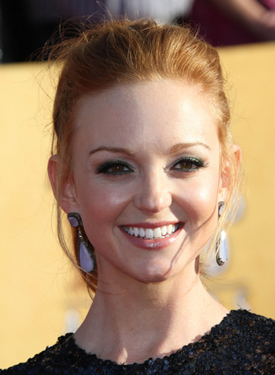 Jayma Mays Red, Sophisticated Ponytail