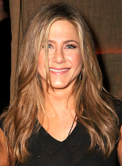 Jennifer Aniston with a Long, Blonde, Wavy, Romantic Hairstyle Pictures