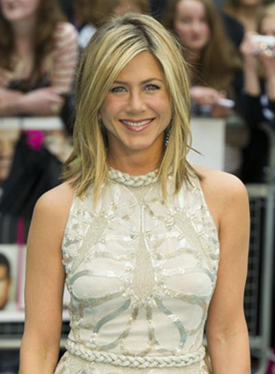 Jennifer Aniston Short, Straight, Layered Bob