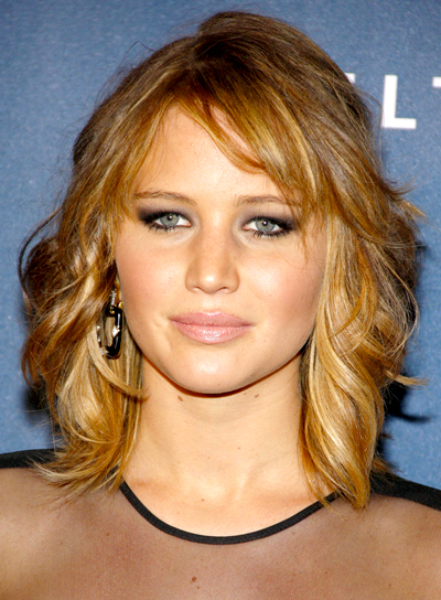 Jennifer Lawrence's Medium, Blonde, Formal, Wavy Hairstyle