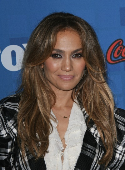Jennifer Lopez Sexy, Layered, Brunette Hairstyle