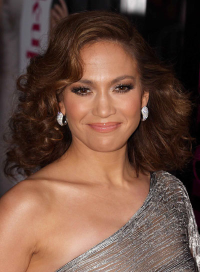 Jennifer Lopez Medium, Curly, Tousled Hairstyle