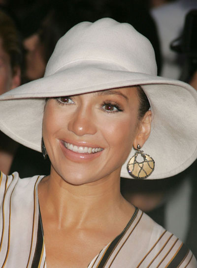 Jennifer Lopez Brunette Updo for Oval-Shaped Faces