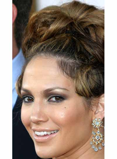 Jennifer Lopez Brunette, Sophisticated Updo