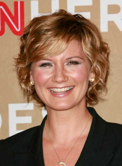 Jennifer Nettles Short, Wavy, Romantic, Blonde Hairstyle with Bangs