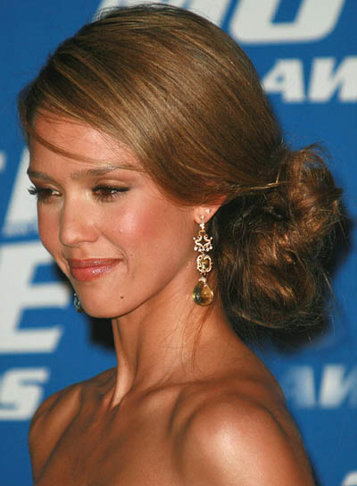 Jessica Alba Medium Updo