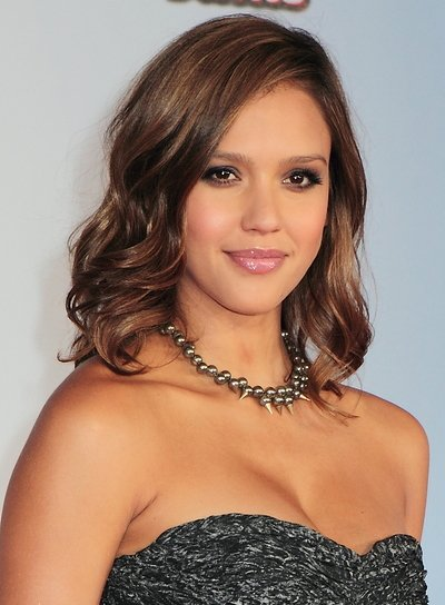 Jessica Alba Medium, Wavy, Sexy, Chic, Brunette Hairstyle