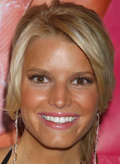 Jessica Simpson Ponytail for Square Shaped Faces