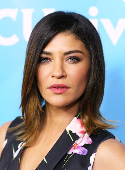 Jessica Szohr with a Short, Wavy, Brunette, Bob Hairstyle Pictures