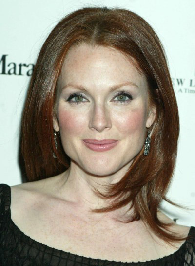 Julianne Moore Medium-Length, Straight Hairstyle
